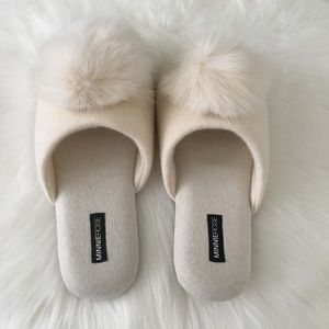 Minnie Rose White Cream Cashmere Pom Pom Slippers